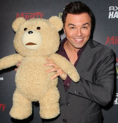 ok-022213-news-oscars-seth-macfarlane-ted-stacked