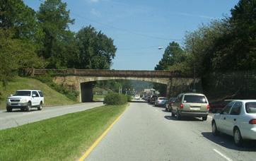 lakeshore_overpass