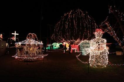 Gilley's Christmas Lights '17 (21)