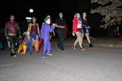 Halloween On Glenwood Terrace 2018 (1)