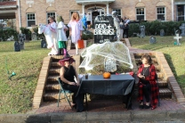 Halloween On Glenwood Terrace 2018 (13)