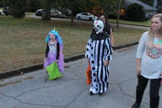Halloween On Glenwood Terrace 2018 (164)