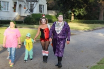 Halloween On Glenwood Terrace 2018 (70)