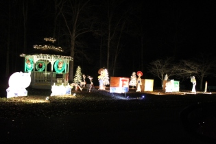 Christmas At Lakeside Park '18 (44)