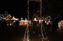 Gilley's Christmas Lights 2018 (39)