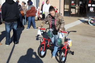 Kiwanis & Martin's Bicycle Giveaway (10)