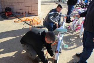 Kiwanis & Martin's Bicycle Giveaway (11)