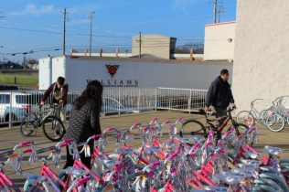 Kiwanis & Martin's Bicycle Giveaway (32)