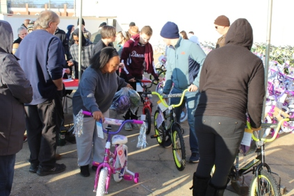 Kiwanis & Martin's Bicycle Giveaway (45)
