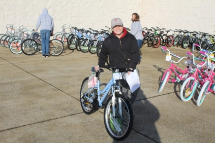 Kiwanis & Martin's Bicycle Giveaway (64)