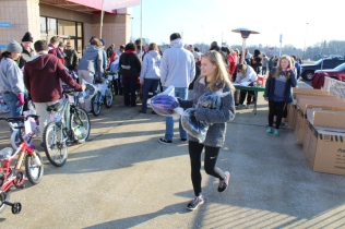 Kiwanis & Martin's Bicycle Giveaway (76)
