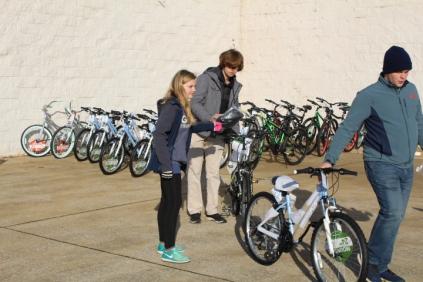 Kiwanis & Martin's Bicycle Giveaway (86)