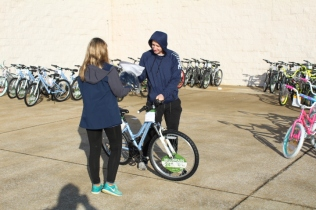 Kiwanis & Martin's Bicycle Giveaway (87)