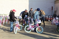Kiwanis & Martin's Bicycle Giveaway (90)
