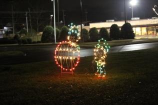 Quintard Median Christmas Lights 2018 (10)