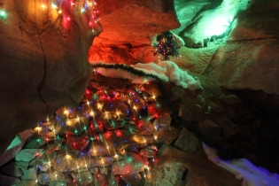 Rickwood Caverns Christmas 2018 (44)