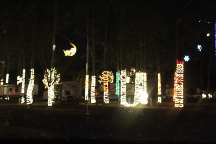 River Country Campground Christmas '18 (31)