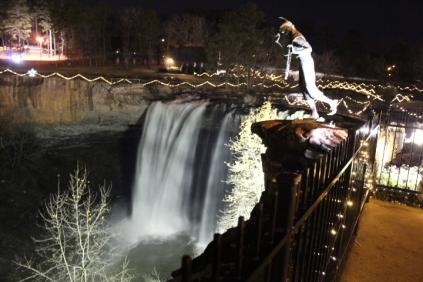 christmas at the falls 2018 (100)