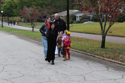 Halloween At Glenwood Terrace 2019 (12)