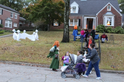 Halloween At Glenwood Terrace 2019 (130)