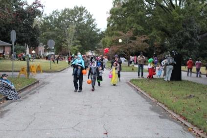 Halloween At Glenwood Terrace 2019 (141)