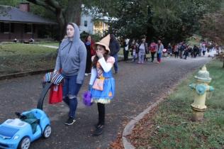 Halloween At Glenwood Terrace 2019 (153)
