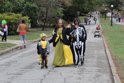 Halloween At Glenwood Terrace 2019 (67)
