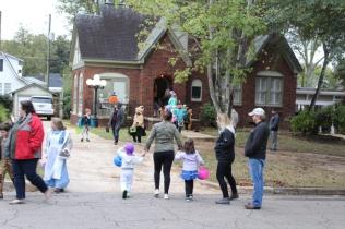 Halloween At Glenwood Terrace 2019 (87)