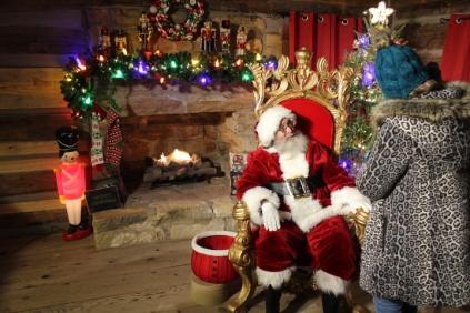 Christmas At The Falls 2019 (108)